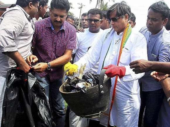 Kamal Haasan, Clean India Campaign, Salman Khan, Amitabh Bachchan
