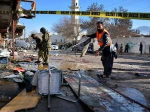 Deadly attacks in Jalalabad and Quetta