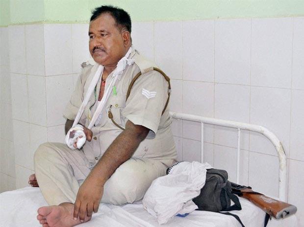 Mathura violence, Jawahar Bagh, Anti-encroachment drive, Policemen