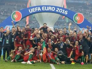 Euro 2016: Portugal beat France