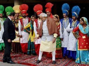 French President Francois Hollande visits India