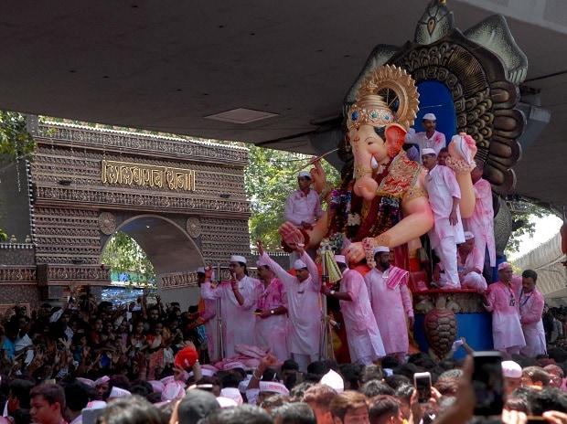 #GaneshIdol #Mumbai #GaneshChaturthi #GanapatiBaba #GaneshCelebrations