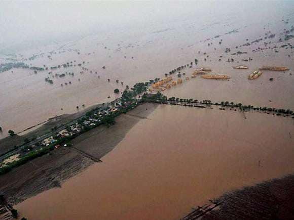 Rains, Gujarat, NDRF, SRP