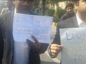 JNU row: Media, lawyers join protest march