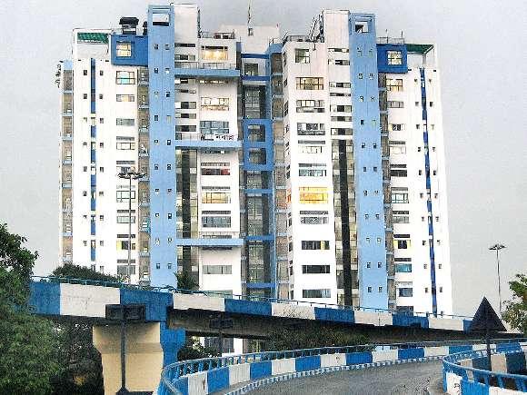 Mamata Banerjee, Jaipur, Kolkata, Property tax