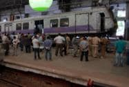 Local train hits dead end in Mumbai