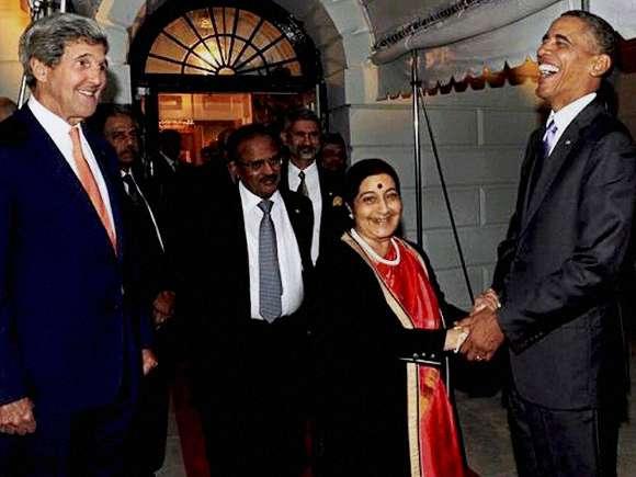 Sushma Swaraj, Hillary Clinton, Narendra Modi, Bill Clinton