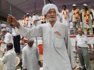 OROP: Ex-servicemen hold protest at Jantar Mantar