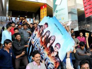 Protests before cinemas screening 'Dilwale', 'Bajirao'