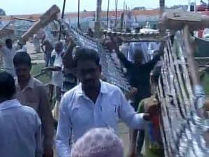 Rahul Gandhi's 'Khat Sabha' ends in chaos