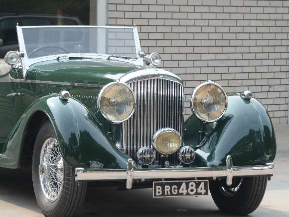 Vintage cars, Bentley, Rolls Royce, Triumph