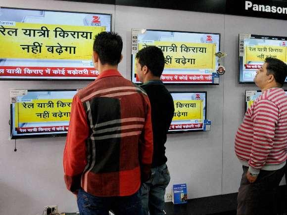 Railways, Budget, Suresh Prabhu, Manoj Sinha