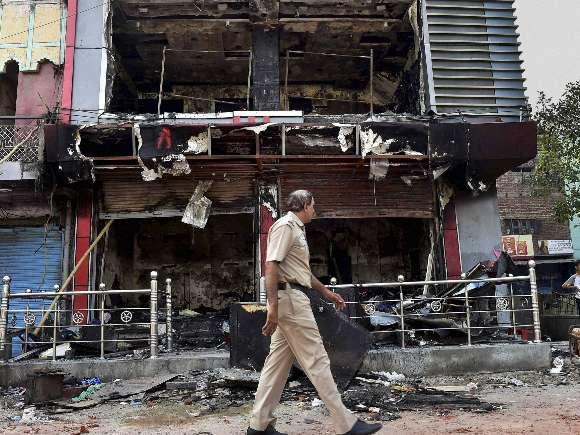 Trilokpuri, Clash, Curfew, New Delhi