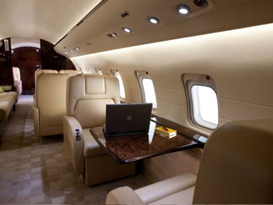 bombardier aerospace, large cabin jets