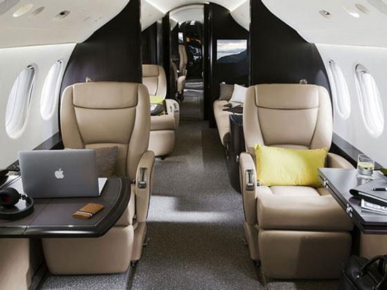 The Dassault Falcon 7X, Dassault, Large cabin jets