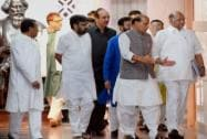 Rajnath Singh along with leaders at Parliament House