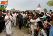 Sonia campaigns for Rahul in Amethi