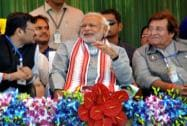 Narendra Modi with Vinod Khanna during an election rally