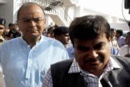 Gadkari and Jaitley arrive at Ahmedabad airport to meet Narendra Modi