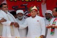 Akhilesh Yadav campaigns in Mirzapur