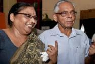 M K Narayanan and his wife Padmini Narayanan show their in Kolkata