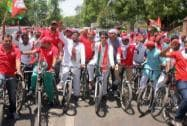 SP workers participating in a cycle rally