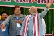 Modi with Vinod Khanna during an election rally
