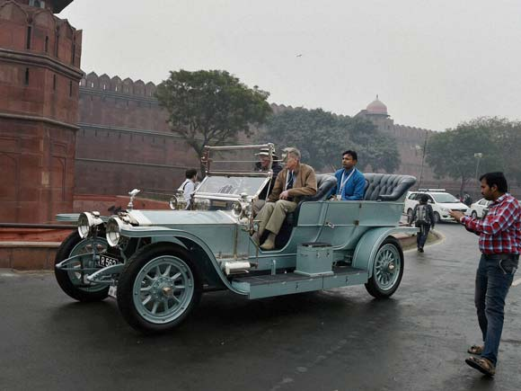 Vintage car, Vintage bike, Vintage car rally, Display,21 Gun Salute, Mahesh Sharma, Red Fort, Noida