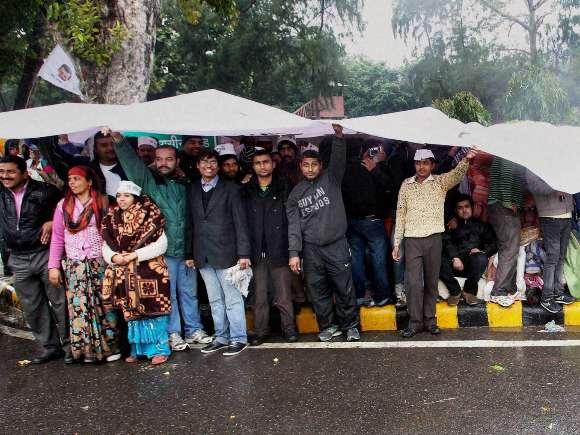 AAP, Arvind Kejriwal, Rail Bhavan, Protest
