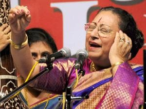 Begum Parveen Sultan performs during the 40th two-day Gunidas Sangeet Sammelan in memory of late Pandit Jagannath Buwa Purohit, at Nehru Center in Mumbai