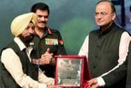 Union Defence Minister, Arun Jaitley with Army Chief General Dalbir Singh, honoured Param Vir Chakra to Captain Bana Singh