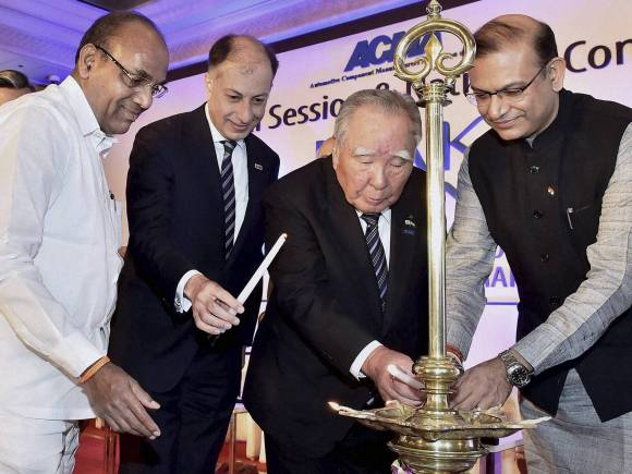 ACMA, Anant Geete, Jayant Sinha, ACMA President, Ramesh Suri, Forbes Marshall Director, Naushad Forbes, Suzuki Motor, Suzuki Motor Corporation Chairman & CEO, Osamu Suzuki