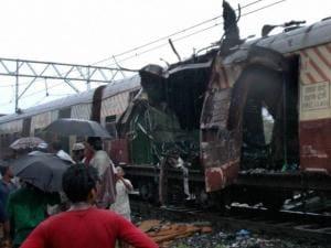 Bomb blast at Matunga railway station