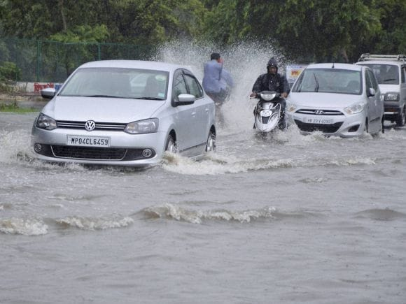 Heavy rains, Heavy rainfall, Floods, Bhopal, Kolkata, India, Gujarat, Rajasthan, Died