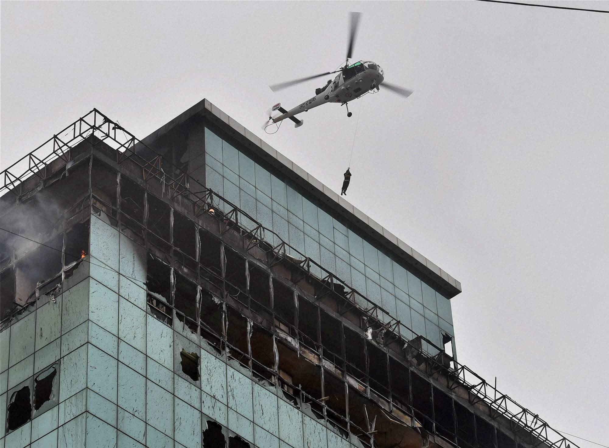 Coast Guard chopper, rescues, man, Lotus Business Park, Building, fire broke out, Andheri, Mumbai