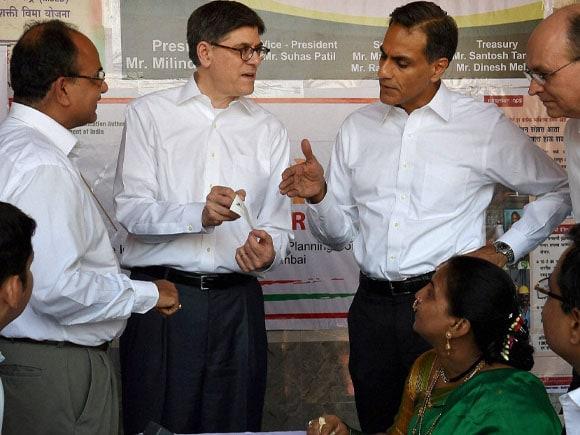 Aadhar, Aadhar UID mobile camp, U S Treasury Secretary, Jack Lew,  US Ambassador,  Richard Verma