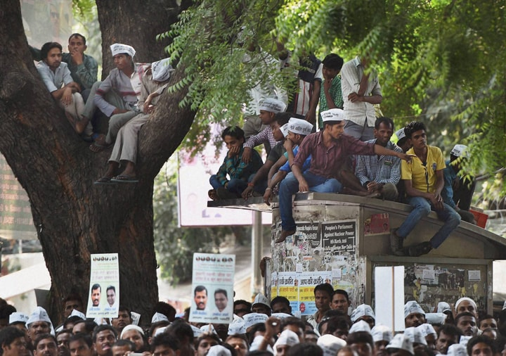 AAP, convener, Arvind Kejriwal, party leader, Manish Sisodia,  e- rickshaw drivers rally