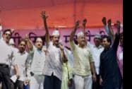 AAP convener Arvind Kejriwal flanked by party leaders