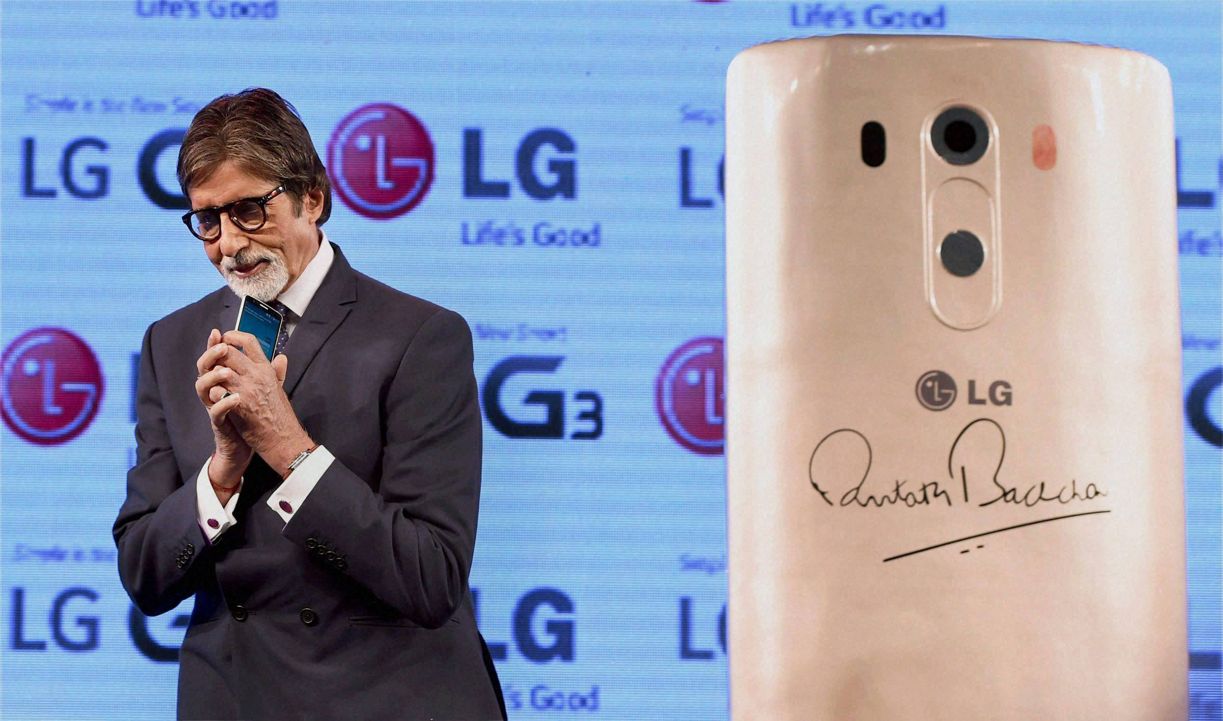 Bollywood actor, Amitabh Bachchan, launch, LG G3, Smartphone, Mumbai