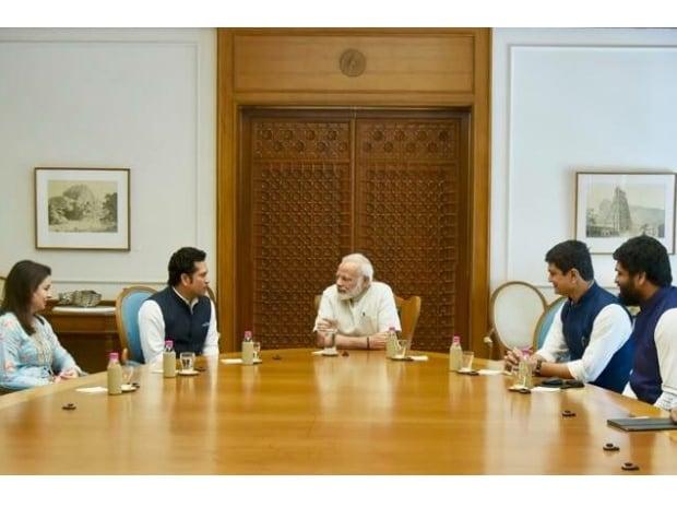 Sachin Tendulkar, Narendra Modi