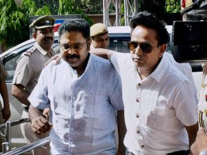 AIADMK leader TTV Dinakaran being produced in Tis Hazari court in New Delhi