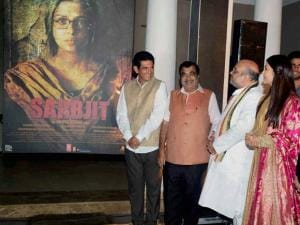 BJP President Amit Shah, Transport Minister Nitin Gadkari, film director Omung Kumar, actress Aishwarya Rai Bachchan during the frist poster launch of Film Sarbjit