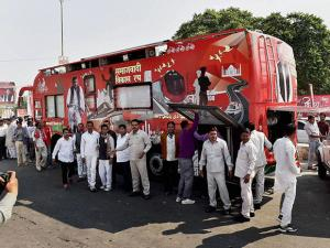 Uttar Pradesh Chief Minister Akhilesh Yadav's rath being repaired after a technical snag