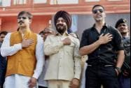 All-India Anti-Terrorist Front Chairman Maninderjeet Singh Bitta with Bollywood actors Akshay Kumar and Vivek Oberoi
