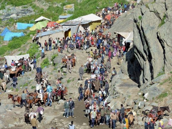 Amarnath Yatra, Amarnathji, Yatra, Pilgrims, Rajnath, J-K Governor, Vohra, First batch, Second Batch, Baltal, Jammu, Kashmir
