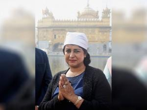 President of Mauritius Ameenah Gurib during a visit to the Golden Temple in Amritsar