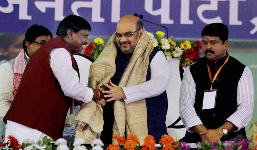 BJP President, Amit Shah, presented, shawl, party leader, Arjun Munda, party workers, committee, meeting, Ranchi