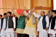 Narendra Modi  attend 'tilak' ceremony of Mulayam's grandnephew