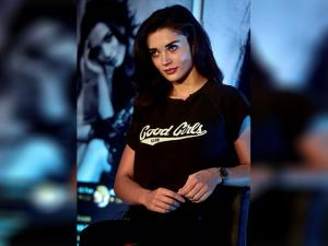 Amy Jackson at a launch of her own mobile application that would handle her social networking sites