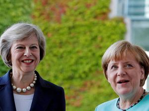 Angela Merkel and British Prime Minister Theresa May